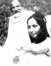 a young siddhi ma with maharji tularam